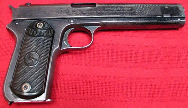 Colt Model 1900 - Right side view